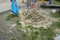 Конкурс фигур из песка - Строим семейный дом