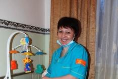 Дневничок больничных малышей. 11.08.2017 Познакомьтесь с няней Еленой Дмитриевной.