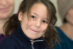Томичей просят собрать 36000 рублей на оплату сиделки для пятилетней девочки.