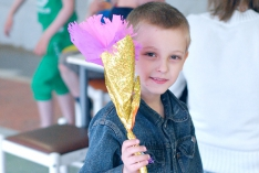 Цветы в честь Дня Победы