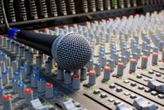 """19 апреля мы давали интервью на Радио Маяк в программе """"Женское утро""""."""